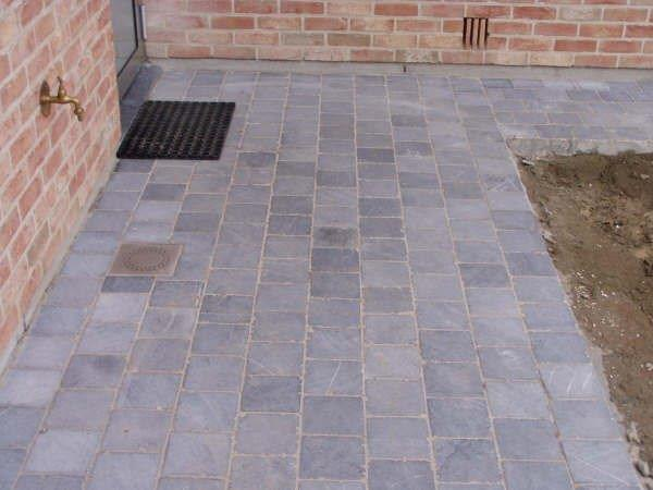 Pierre bleue du vietnam tambourin globalstone for Carrelage belgique mouscron