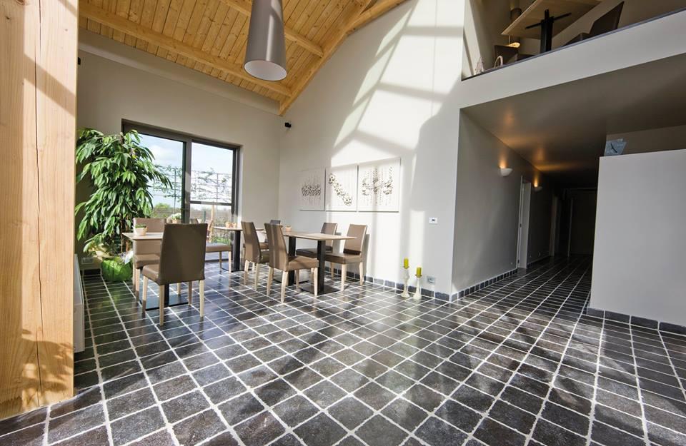 r nover votre int rieur d corer et pourquoi pas remplacer votre carrelage ou pierre naturelle. Black Bedroom Furniture Sets. Home Design Ideas